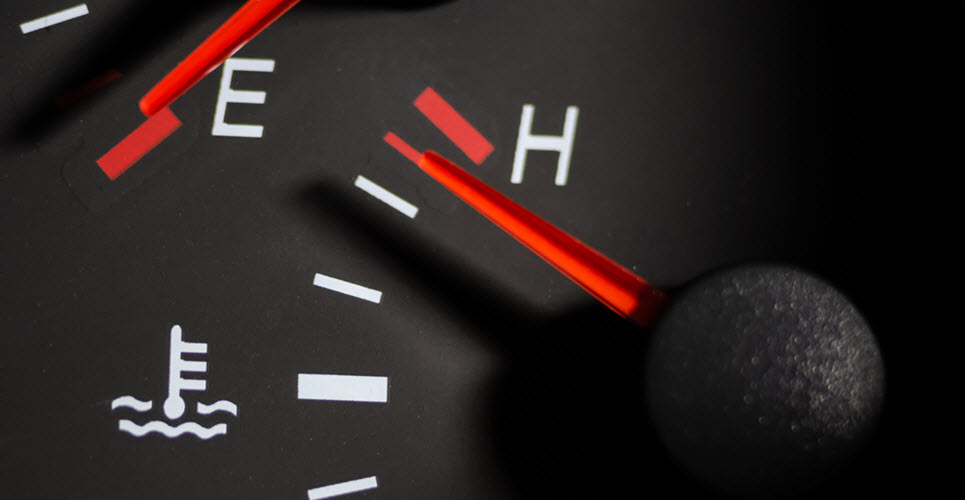 Signs of Water Pump Leaks in Your Porsche